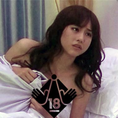 Dカップと噂の桐谷美玲 モデル時代の水着姿で隠れ巨乳を検証&ベッドシーンでまさか乳輪チラリ!?