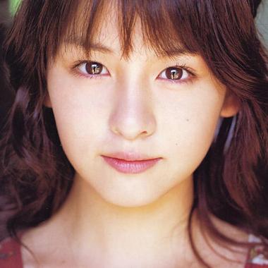 祝・デキ婚!菅谷梨沙子[ex.Berryz工房]の激変ぶりがヤバいw天使のような美少女時代から・・・同一人物!?
