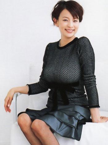 松坂大輔も撃沈させた元祖巨乳アナ 柴田倫世のFカップロケットおっぱい