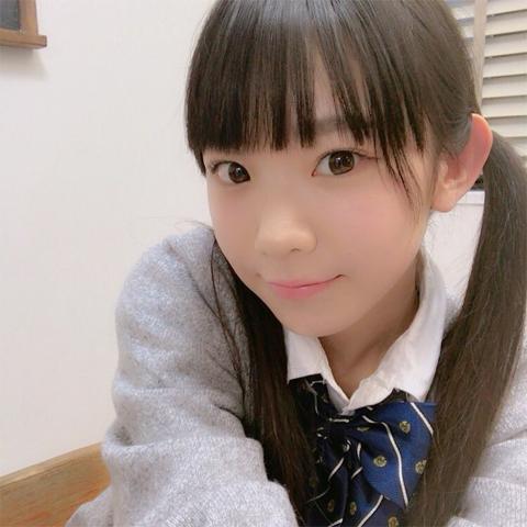 『旅ずきんちゃん』JCのような合法ロリ巨乳 長澤茉里奈のハミ乳すぎてエラい事にw