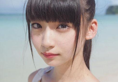 NGT48荻野由佳さん パンツの中が映る放送事故&画像補正で浮かび上がるマンスジw