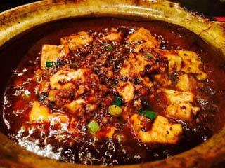 虎萬元 南青山店 麻婆豆腐