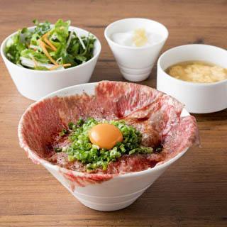 焼肉 USHIDOKI TOKYO 表参道店 炙り肉刺し丼