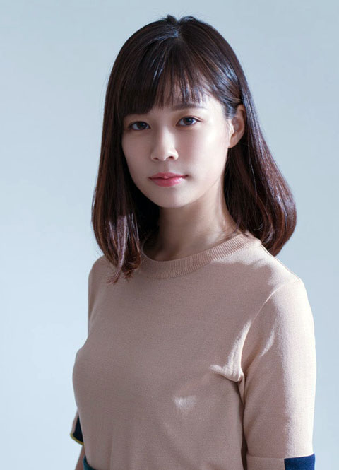 【GIF有】鈴木唯アナ敏感そうで揉み心地の良さそうな美乳を注視した結果、巨乳に成長?